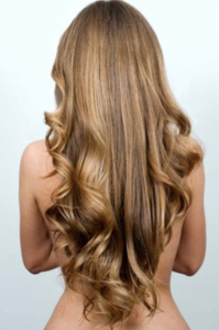 Long-Bronde-Hair-with-v-shape
